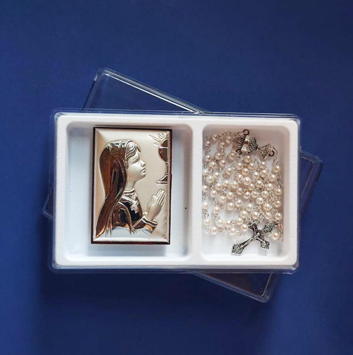 Подарунковий набір до свята Першої сповіді для дівчинки: срібний образ та вервиця