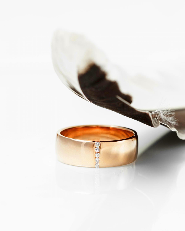 Обручка з діамантами ``Шотландія`` з червоного золота 120-0055 (17,5)