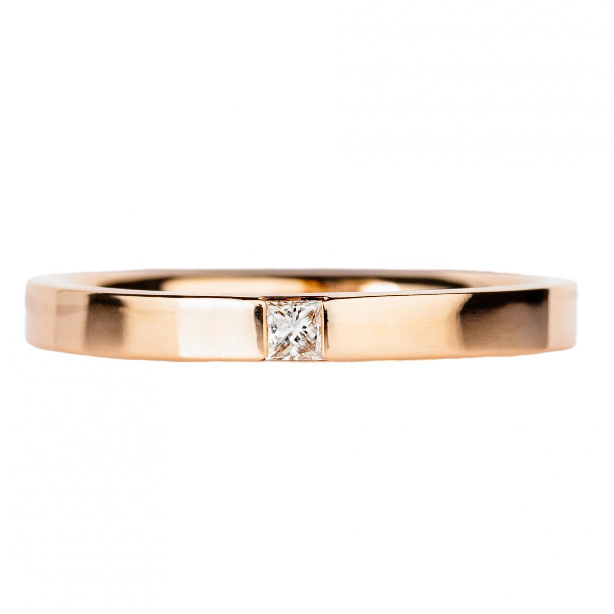 Обручка з діамантом ``Романтизм`` з червоного золота 110-0078